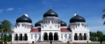 "The grand mosque of ""Baiturrahman"" in Banda Aceh."