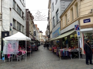 Shops selling Muslim fashion lined a street near Molenbeek's town square. Photo: The Parrot/Ismira Lutfia Tisnadibrata