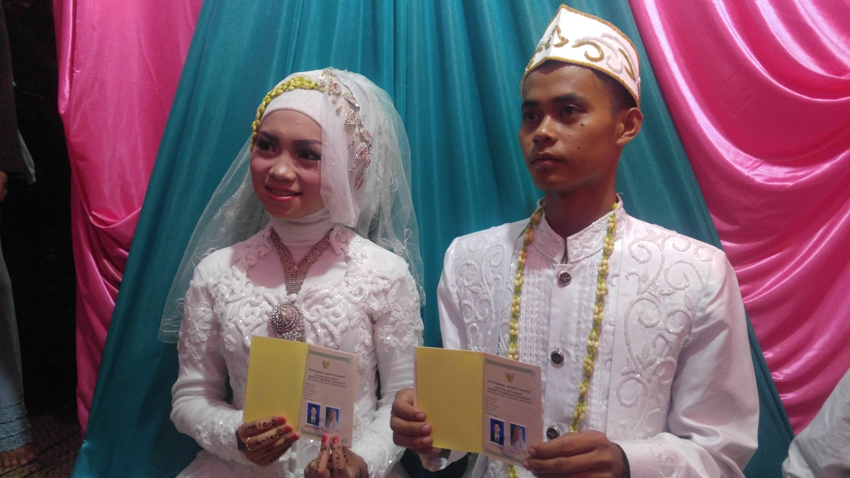 0ca93c6fdfabe2 Indonesia struggles to curb child marriage – THE PARROT
